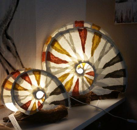 Lichtobjekt - Frauenhändewerk